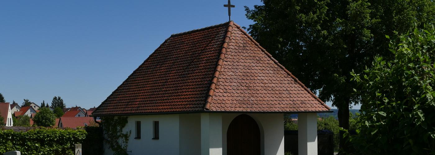 Friedhof Alerheim im Sonnenschein